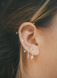 Ear Peircings, Cute Ear Piercings, Ear Piercings Cartilage, Multiple Ear Piercings, Cartilage Earrings, Stud Earrings, Double Cartilage, Flower Earrings, Silver Earrings