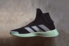 990d691a1 Another Look at the adidas FUTURECRAFT 4D Laceless Basketball Sneaker Shoes  Too Big