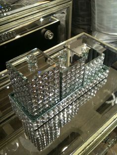 Bling bathroom accessories.
