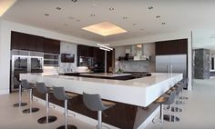 This newly built modern mega mansion is located at 10979 Chalon Road in the Bel Air neighborhood of Los Angeles, CA.