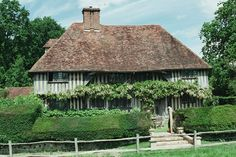 Paper Mill Hall, Beneden, Kent: A great example of Wealden medieval hall. Sometimes, these are called recessed hall because the roof line follows the wings, not the hall.