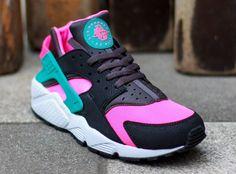 Nike Air Huarache Hyper Pink (2)