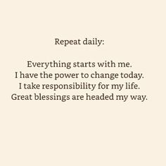 Here are 31 Daily Affirmations to Increase Your Confidence in your life and your business so you can show up as the women you were created to be! Motivacional Quotes, Words Quotes, Life Quotes, Sayings, Success Quotes, Career Quotes, Dream Quotes, Family Quotes, Wisdom Quotes