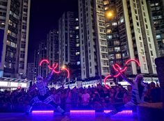 LED Buugengs in Hong Kong : In September Anta Agni returned to one of most beautiful cities in the world. During one week stay we performed ten shows for famous comercial centre and shoping mall Whampoa, as a part of mid autumn festival. Led Hula Hoop, Shoping Mall, Ribbon Dance, Mid Autumn Festival, Most Beautiful Cities, Party Entertainment, Hong Kong, Entertaining, Centre