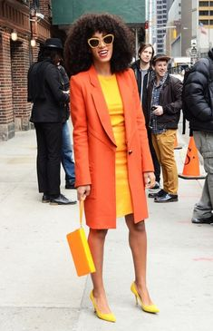 """DO WE LOVE IT?: Solange Brightens Up The NYC Streets Outside """"Letterman"""" 