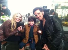 """25 April 2014 Sean Maguire via Twitter: """"I forgot to post this, @colinodonoghue1 @Jenn L Morrison and lil Roland  having fun behind the scenes #ouat pic.twitter.com/7JgWUAphAo"""""""