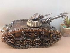 escultura de ferro tanque de guerra linda aproveite!!! R$480,00