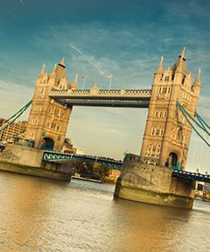 The Chopras are renowned nationwide and abroad for their experience and expert advises in the global education sector. Their expert consultants will help you understand more about UK, best universities in UK, and their scopes.