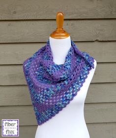 The Larkspur Shawlette is a pretty little accessory that is perfect for warmer weather when you just need a little something extra. Using alternating rows of variegated and solid colors makes a fun p