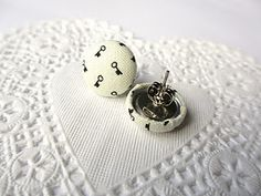 Make your own fabric earrings!  Great gift idea :)