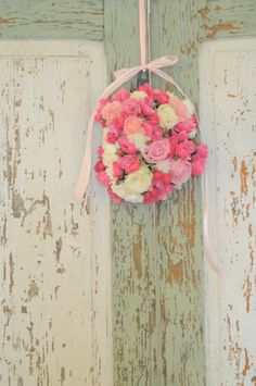 Bori Dekor- Little details from vintage decoration- Old doors and flowers