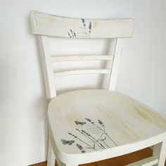 Shabby Chic Vintage upcycled chair, stand / Lavender Upcycled Vintage, Provence, Decoupage, Dining Chairs, Lavender, Shabby Chic, Retro, Furniture, Home Decor