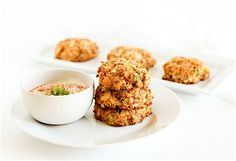 Korean Fashion 1980 Real Healthy Crab Cakes With Bread Crumbs and Vegetables Recipe.Korean Fashion 1980 Real Healthy Crab Cakes With Bread Crumbs and Vegetables Recipe Fish Recipes, Vegetable Recipes, Seafood Recipes, Baking Recipes, Recipies, Healthy Crab Cakes, Baked Crab Cakes, Fish Dishes, Seafood Dishes