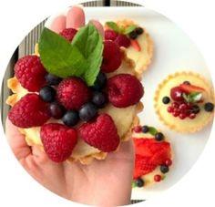 Fruit Salad, Diana, Waffles, Baking, Breakfast, Cake, Recipes, Food, Essen