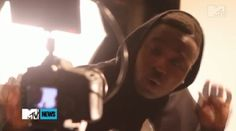 """Video: Troy Ave – New York City (BTS)- http://getmybuzzup.com/wp-content/uploads/2013/10/Troy-Ave-–-New-York-City.jpg- http://getmybuzzup.com/video-troy-ave-new-york-city-bts/-  Troy Ave – New York City (BTS) ByAmber B While on set for his latest video, Troy and Rae chop it up about Troy'sNew York City: The Albumtitle trackand the """"feel"""" of Troy's upcoming debut album. Check out the behind the scene below.   Let us know what you think in the comment area"""