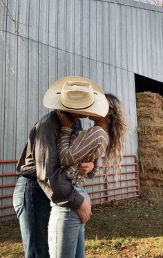 Country Couple Pictures, Cute Country Couples, Cute Couples Photos, Photo Couple, Cute Couple Pictures, Cute Couples Goals, Cute Photos, Couple Pics, Country Wedding Photos