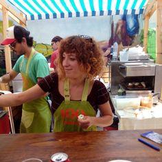 A punto de pedir en el Restaurante Baobab en el Food Truck Tour de @plateselector, todo el fin de semana en @lasarmaszaragoza  #zaragozaguia #zaragoza #zgz #regalazaragoza #zaragozapaseando #zaragozaturismo #zaragozadestino #miziudad #zaragozeando #mantisgram #magicaragon #loves_zaragoza #loves_aragon #igerszaragoza #igerszgz #igersaragon #instazgz #instamaños #instazaragoza #zaragozamola
