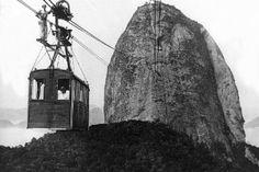 foto de 1.jan.1930  - Bondinho do Pão de Açúcar completa 100 anos - Fotos - UOL Notícias O bondinho foi inaugurado no dia 27 de outubro de 1912