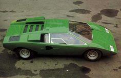 Beautiful shots of the original LP400 and concept models of the Lamborghini…