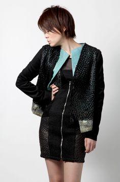 ブランド:SWANZI  オフィシャルサイト: http://www.swanzi-fashion.com/    モデル:SOW(BARK in STYLE)  オフィシャルサイト: http://barkinstyle.jp/    メイク:メイクアップアートコスメティックス(M・A・C)  オフィシャルサイト: http://maccosmetics.co.jp/    ヘアメイク:TONI&GUY HAIRDRESSING  オフィシャルサイト: http://toniguy.co.jp/    撮影:ダイアモンドヘッド  オフィシャルサイト: http://d-head.co.jp    この画像は、roomslinkオフィシャルイベントとして会場にて撮影を行いその場で仕上げて画像を投稿しております。  roomslink ×ダイアモンドヘッド特設サイト http://monozoku.com  roomslinkオフィシャルサイト http://roomslink.com