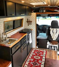 This Converted Sprinter Van is a Surprisingly Livable Tiny House on Wheels - Van Life Vw Lt Camper, Camper Life, Camper Trailers, Bus Life, Rv Campers, School Bus Camper, Dodge Camper Van, School Bus House, Mercedes Sprinter Camper