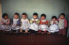 Eve Arnold | Cotton mill nursery. Peking, China (1979)