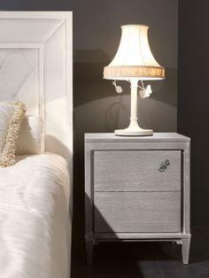 MASSON MATIÉE Arredamento moderno, armadi, comò e comodini tavoli e sedie, camere da letto | H2Comodino VIA MARGUTTA, finitura B . S2Lampada da comodino