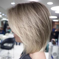 60 Layered Bob Styles: Modern Haircuts with Layers for Any Occasion #bobstylehaircuts Layered Bob With Bangs, Short Layered Haircuts, Layered Bob Hairstyles, Short Hair With Layers, Modern Haircuts, Short Hair Cuts, Short Hair Styles, Bob Styles, Long Layered
