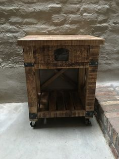 Stoer houten kastje nachtkastje nachtkastjes landelijk stoer ...