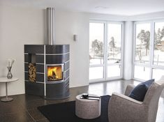 chimeneas modernas color negro taburete ideas