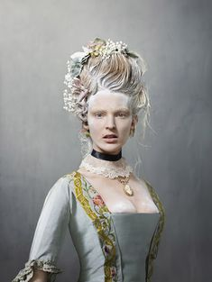 "The Rijksmuseum in Amsterdam has launched ""Catwalk,"" the first exhibition of its vast fashion collection, designed by the renowned photographer Erwin Olaf. Erwin Olaf, Rococo Fashion, Fashion Art, Catwalk Fashion, Fashion History, 18th Century Dress, Carmen Miranda, Historical Costume, Catwalks"