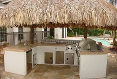 Get great tiki bar ideas before you build it! Use bamboo, make stools, mount a television, even have authentic tiki reeds on the roof! Outdoor Tiki Bar, Outdoor Kitchen Bars, Outdoor Kitchen Design, Outdoor Kitchens, Outdoor Decor, Bars Tiki, Casa Hotel, Backyard Bar, Backyard Ideas