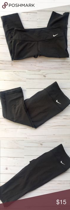 Nike Dry Fit 3/4 length Leggings These crop leggings are designed to hit mid calf. They are dry fit and perfect for running, lifting , you name it!  Excellent used condition, I just don't wear them anymore  23 inches long Nike Pants Leggings