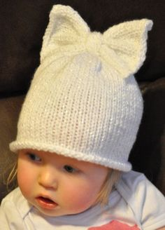 All girl sparkly bow-top beanie от BabesinKnots на Etsy