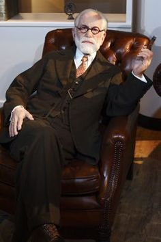 Writers immortalized in wax figures  -  Sigmund Freud - Madame Tussauds museum in Berlin, Germany - Best of all is that authors are well known and most of the figures are quite real.