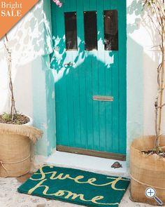 sweet home door mat / garnet hill i need a turquoise front door. Home Design, Home Interior Design, Exterior Design, Interior Doors, Design Art, Feng Shui, Turquoise Door, Teal Door, Turquoise Cottage