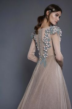 An elegant iridescent long sleeve gown with unique hand embroidered floral motifs. Wedding Robe, Wedding Dress Chiffon, Couture Mode, Couture Fashion, Hijab Stile, Gowns With Sleeves, Prom Dresses, Wedding Dresses, Mode Inspiration