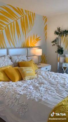 Colourful Living Room, Living Room Colors, Living Room Decor, Apartment Bedroom Decor, Bedroom Murals, Indian Room Decor, Diy Room Decor, Wall Painting Decor, Wall Painting Living Room