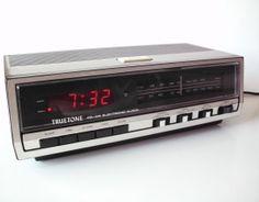 Vintage Truetone Digital Clock Radio Alarm by PoorLittleRobin, $8.00