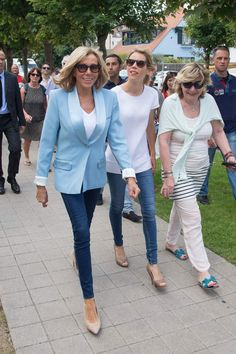 Brigitte Macron et sa fille Tiphaine Auziere au second tour des élections législatives