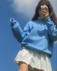 Aesthetic Fashion, Aesthetic Clothes, Look Fashion, Aesthetic Outfit, Blue Aesthetic, Fashion Tips, 90s Teen Fashion, Retro Fashion, Fashion Women