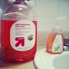 Quest for Delish: How to make Foaming Hand Soap