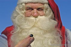 Le Père Noël et les myrtilles magiques de la Laponie