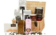 A Luxury Coffee Hamper complete with a personalised mug and tin is ideal for any coffee, chocolate and biscuit lover! The wicker hamper is stuffed full of goodies that are sure to keep them happy for a long time! #Chocolate #Coffee  £69.99