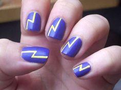 40 Simple Nail Art Designs for Nail Enthusiasts #naildesignideaz #naildesign #simplenailart #nailart ♥ If you enjoyed my pin, pls visit us at http://naildesignideaz.com/ ♥