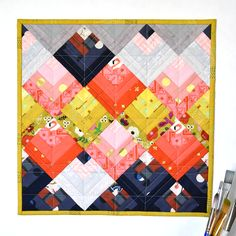 Peaks: a Log Cabin-Inspired Mini Quilt