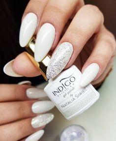 Coconut Milk by Indigo Educator Renata Mastalska, Bielsko-Biała #nails #nail #nailsart #indigonails #indigo #hotnails #summernails #springnails  #omgnails #nataliasiwiec #amazingnails  #miami #coconut #milk #white #whitenails #weddingnails #weddinidea #wedding #silver