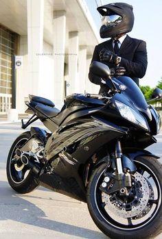 Professional Street Biker Yamaha R6