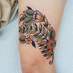 Photo by RAB - actually Barney on October Traditional Tattoo Cuff, Traditional Tattoo Leg Sleeve, Traditional Tattoo Inspiration, Traditional Tattoo Flowers, Ankle Cuff Tattoo, Knee Tattoo, Leg Tattoos, Flower Tattoos, Body Art Tattoos