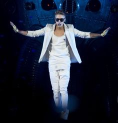 VIDEO: Justin Bieber Performance at American Airlines in Dallas, Texas